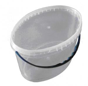 Buckets from polyethylene of 5,6 l an oval