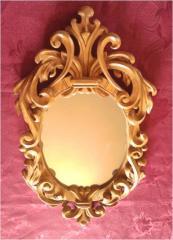 Деревянная рамка под зеркало
