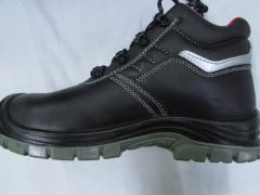 Ботинки из гладкой кожи с композитным подноском