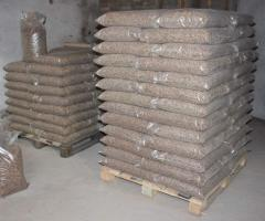 Wood pellets of 6-8 mm from coniferous breed