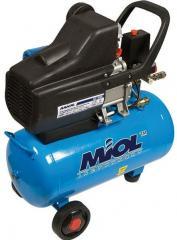 Компрессор масляный прямоприводный Miol «Циклон 206-24» 81-152 + шланг, фильтр, ремкомплект