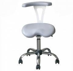 Стул врача-стоматолога с поворотным подлокотником
