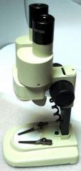 Микроскоп бинокулярный с подсветкой