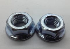 Гайка крепления шины для бензопил серии 4500-5200
