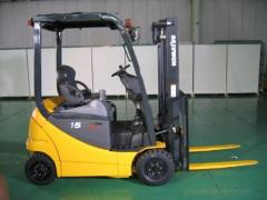 Electric, gas, diesel loaders of Komatsu (Japan)
