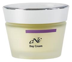 Intensive anti-aging day cream with Retinolum