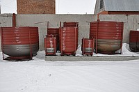 The bottoms for production of drums, capacities,