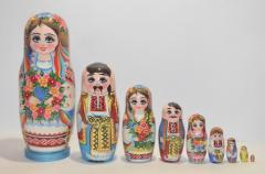 The Ukrainian painted nested doll from 9 pieces 901