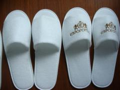 Slippers with the customer's logo disposable