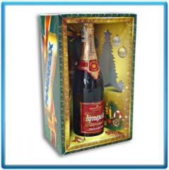 Cardboard souvenir packing under alcoholic