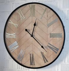 Настенные часы большого диаметра (70 см....