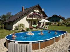 Pools frame Ukraine