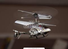Радиоуправляемый вертолет с камерой SpyCam S977