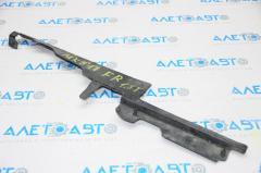 Дефлектор радиатора прав Ford Fusion mk5 17- 1.5T