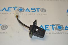Камера заднего вида Subaru Forester 14-18 SJ скол