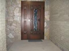 Двери входные двойные