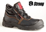 Boots workers of Strong Sicilia