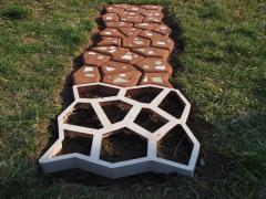 Plastic mold for garden path 60x60 Hormusend