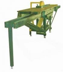 The machine of prirezny VP-135 for a longitudinal