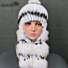 Меховые шапки-ушанки для женщин с натуральным