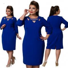 . Модное элегантное платьебольших размеров.