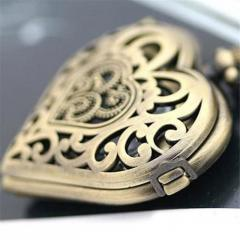 Женские карманные часы в форме сердца