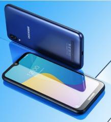 4 ядерный смартфон DOOGEE Y8c