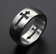 Винтажное кольцо с прорезаным крестом