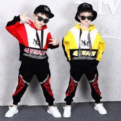 Детский костюм для соврименых танцев для маличико 5-12 лет.