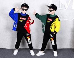 Весенний детский костюм для танцев в стиле хип-хоп.