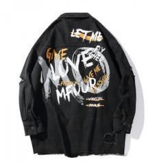 Мужская джинсовая куртка с надписью MO LOVE