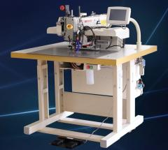 Программируемая модель швейной машины 7273CNC