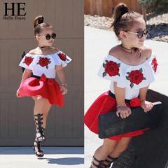 Красивый стильный комплект одежды для девочки с
