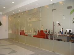 Office partitions, Glass peaks, Glass podiums,