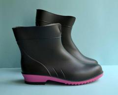 Fashionable rubber boots