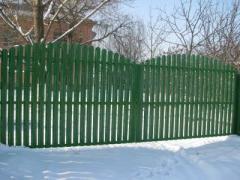 Забор штакетный металлический