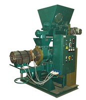 Hydraulic press for production of fuel briquettes