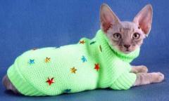 Одежда вязанная,  свитер с украшениями