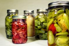 The vegetables preserved in vinegar