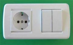 Розетки электрические и выключатели серии Клен со