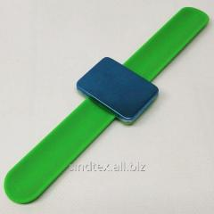 Магнитная игольница на (руку) запястье Sindtex зеленая (СИНДТЕКС-0776-4)