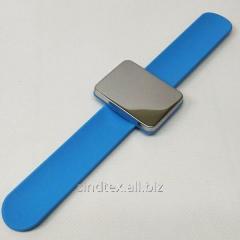Магнитная игольница на (руку) запястье Sindtex голубая (СИНДТЕКС-0776-5)