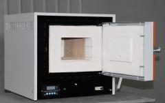 Laboratorní elektrická SNO 2.3.1 3/11 P2 pro tepelné zpracování kovů produkce, keramiky, atd. s teplotou až do prostoru OS 1110 Rozměry 200 x 300 x 130, Bortek, Boryspil, Ukrajina.
