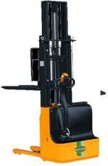 Электроштабелеры самоходные 1000-1500 кг с высотой