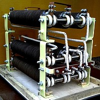 Block of power BR-1M U5 resistors