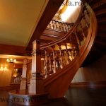 Сходи гвинтові дерев'яні