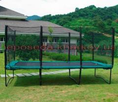 Прямоугольный батут 457х305 см. с защитной сеткой