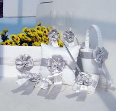 Свадебные аксессуары и наборы: Подушечки для