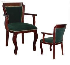 Кресла из массива дерева для казино W-08