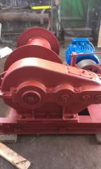 LM-5 electric winch